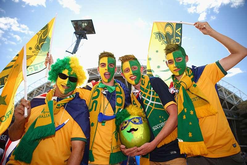 Socceroos 2015 Asia Cup Fans Dressed in Green and Gold