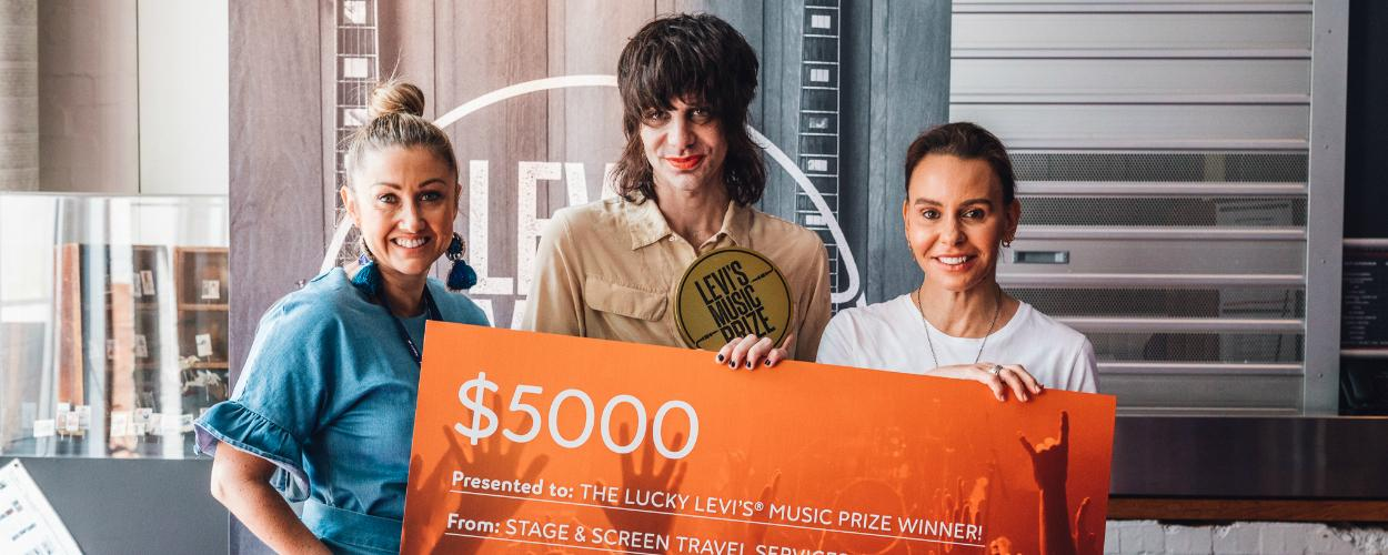 $5000 Prize winner Photo Op